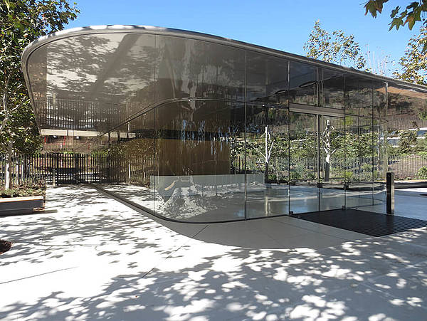 All Glass Design Apple Park Visitor Center And Reception