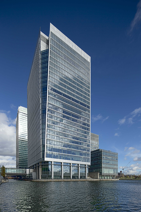The building designed by Kohn Pedersen Fox Associates is located directly alongside the old port basin.
