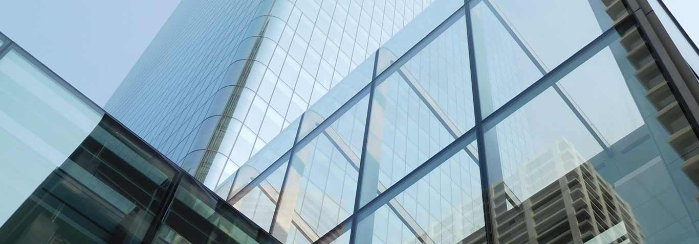 A highly aesthetic steel-glass structure and post-and-rail design created by seele, the global building envelope specialist, at the project Brookfield Place in Calgary, Canada.