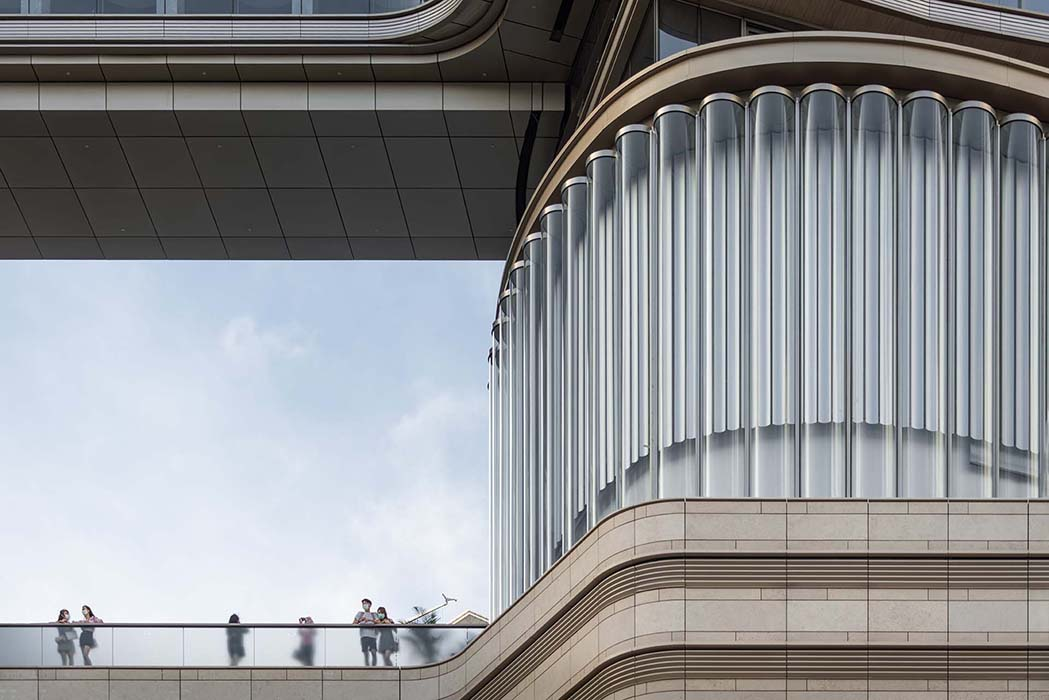 9m high glass tubes for the New World Centre in Hong Kong